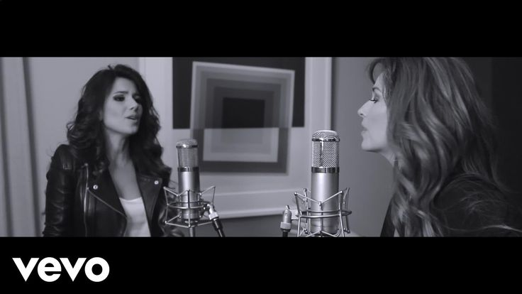 Paula Fernandes, Shania Twain - You're Still The One