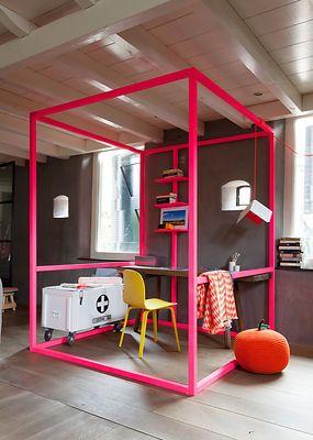 #vtwonen Magazine, fluor in the house! #design #interior #architecture #study #living Photography by Jansje Klazinga JKF®
