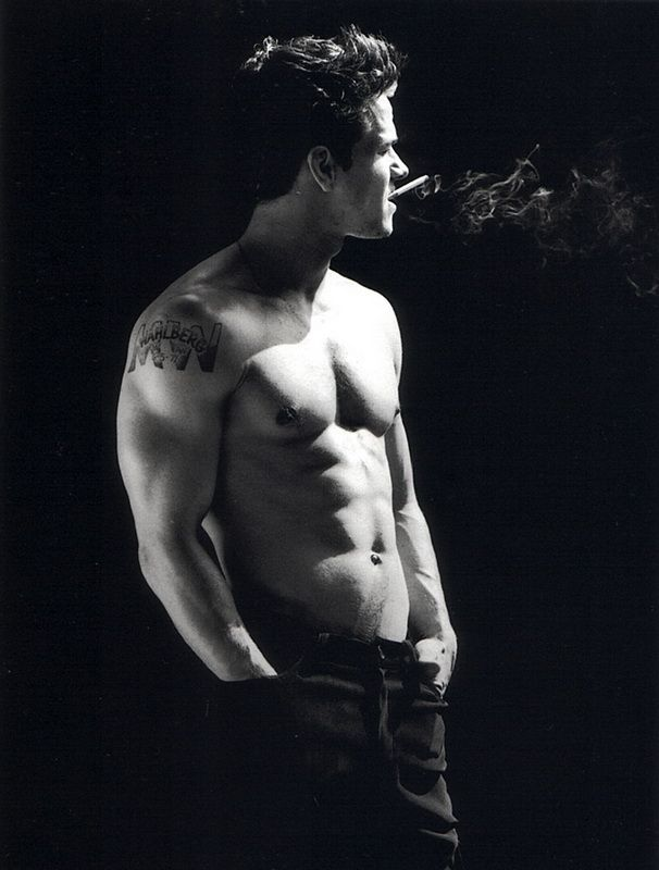 mark wahlberg shirtless  jeez louise