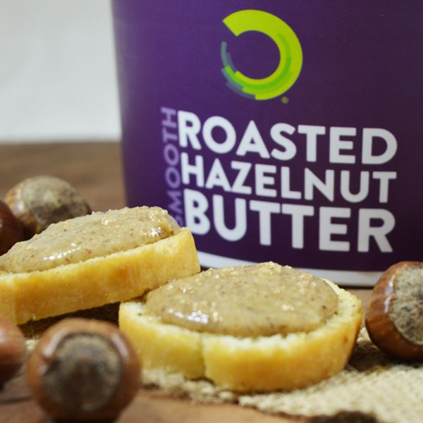 HASELNUSSBUTTER 1 KG 100 % naturbelassene, ganze geröstete Haselnüsse Ohne Zusatz von Zucker, Salz, Konservierungsstoffen oder Palmöl Reich an Protein und Ballaststoffen