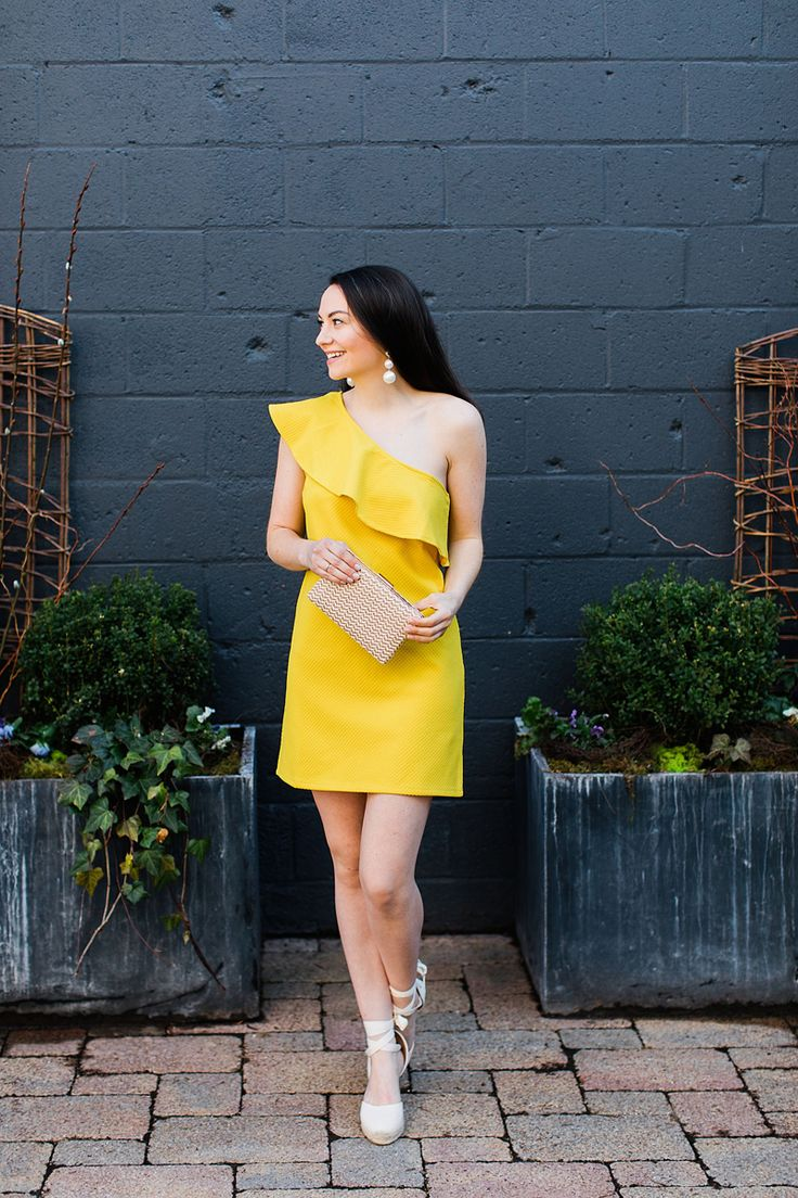 Love this yellow dress and wedges!