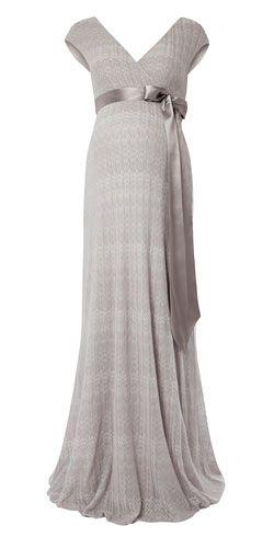 Maternity Fashion - Maxi Dress