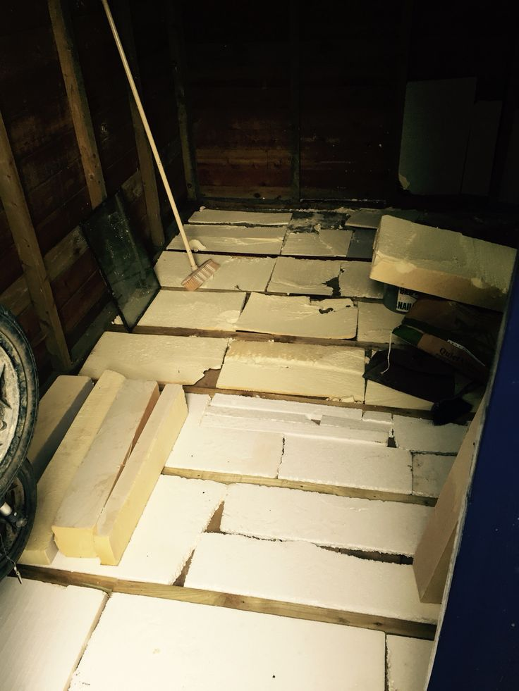 The floor is insulated, it looks a bit scruffy but will be covered by inch thick beach wood boards I got from free cycle