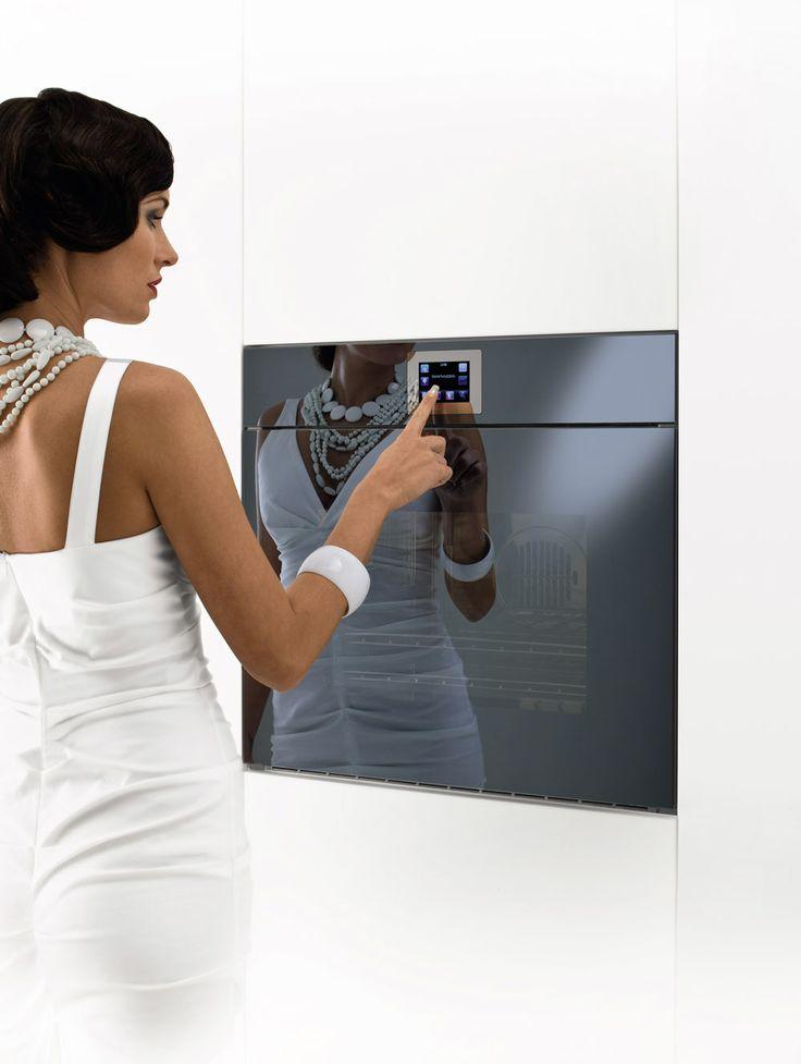 Barazza Velvet Touch Screen oven