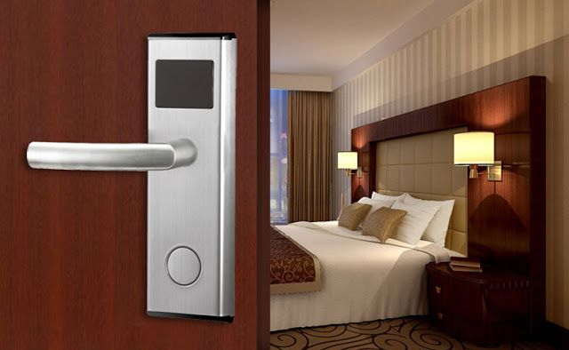 Going To Buy Apartment Smart Card Door Lock? Here's What You Need to Consider. http://www.techocious.com/2016/12/going-to-buy-apartment-smart-card-door.html