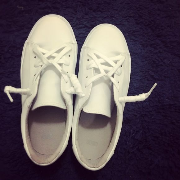 ASOS All White Sneakers 99% new, only wear once                           All-white color, good match with every outfit Says UK5, which refers to US7, according to the website                                                        Too big for me even I tried to put insole         I paid around $40 incl shipping                       No box ASOS Shoes Sneakers