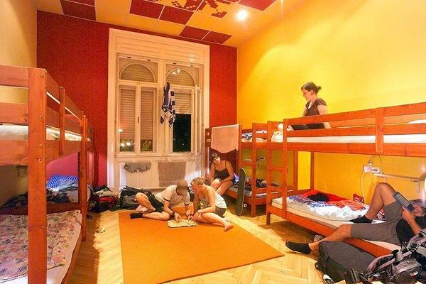 the Tulip Room, 8 bed mixed dorm