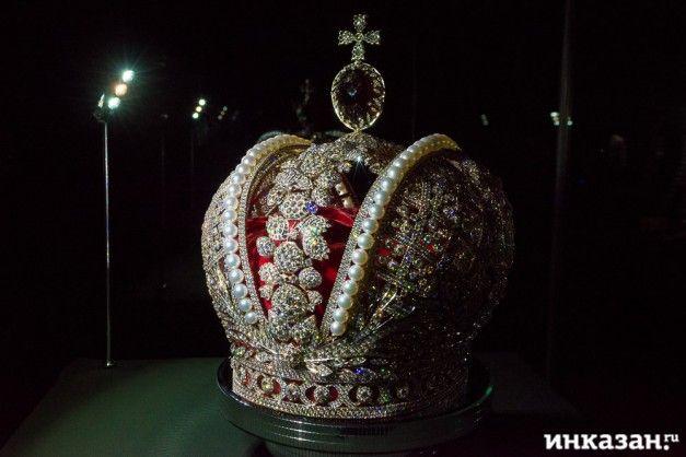 Реплика Большой императорской короны в Казани