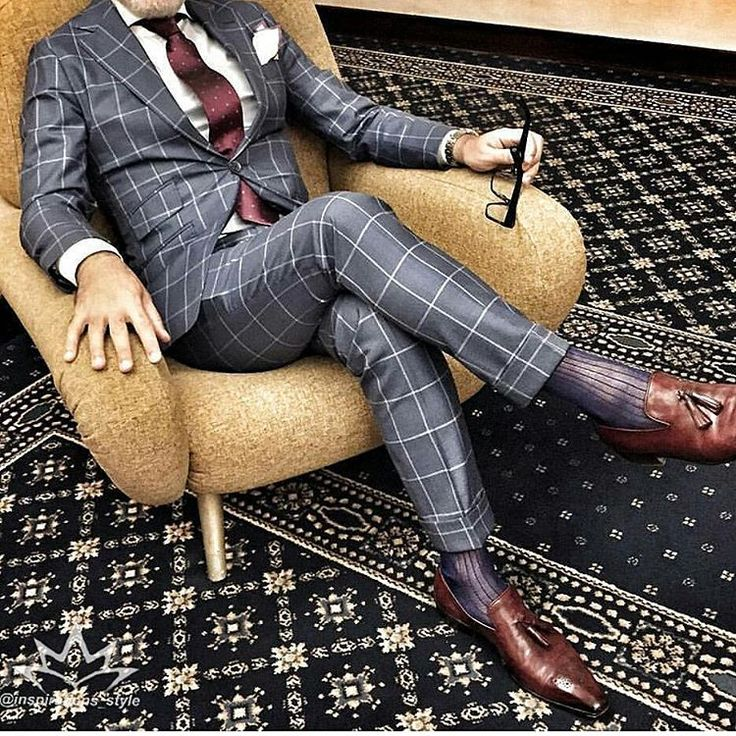 "3,026 curtidas, 25 comentários - Class Men Style Fashion (@inspirationsstyle) no Instagram: ""Amazing style inspiration by our friend @thesuitedtraveller Awesome bespoke suit and shoes"""