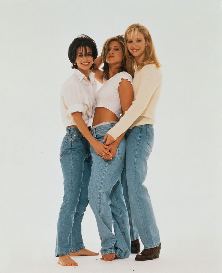 Rachel Green, Monica Geller & Phoebe Buffay. || . Jennifer Aniston, Courteney Cox & Lisa Kudrow.