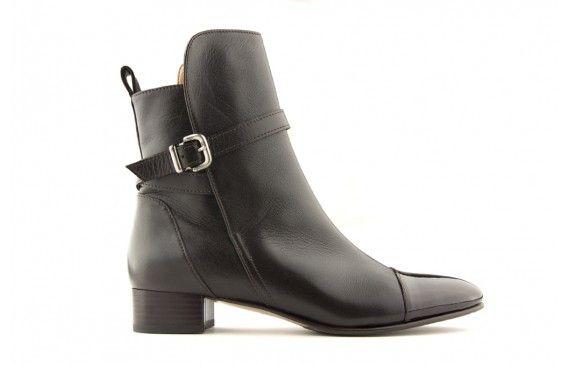 Olga € 220,00 #fashion #shoes #voltan1898