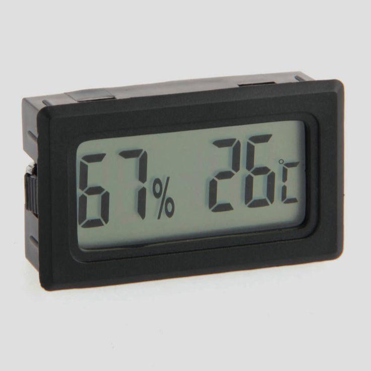 Дешевое Цифровой термометр температуры гигрометр влажность метр виварий бак рептилия поставки, Купить Качество Температурные инструменты непосредственно из китайских фирмах-поставщиках: Temperature Meter Gun Point  LCD Display Digital IR  GM320 Non-Contact Laser Infrared -50~330 Degree ThermometerUS $ 20.