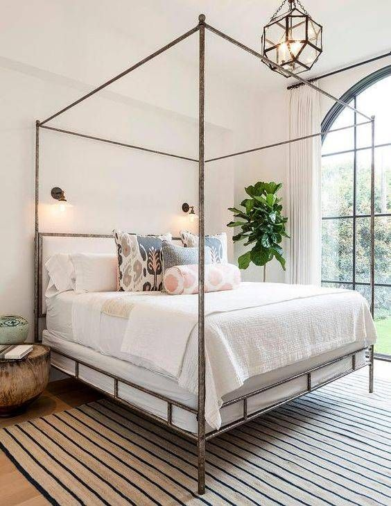 Simple 4 Poster Bed Part - 17: How A Four-Poster Bed Can Change A Room