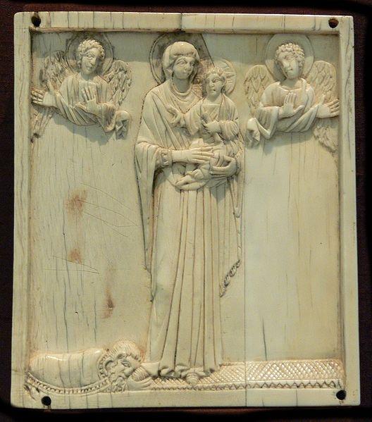Bizantino,siglo IX,proveniente del Sur de Italia.Marfil  Museo N.de Munich