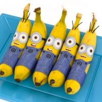 Banana Minions (Free Printable) - Minion Party Food