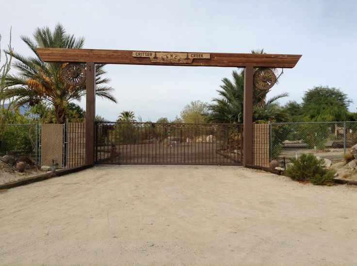13 best images about farm on pinterest entry gates log for Ranch entrances ideas