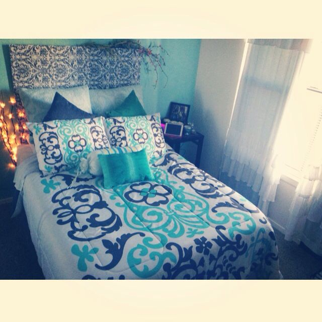 Best 25+ College apartment bedrooms ideas on Pinterest | Small ...