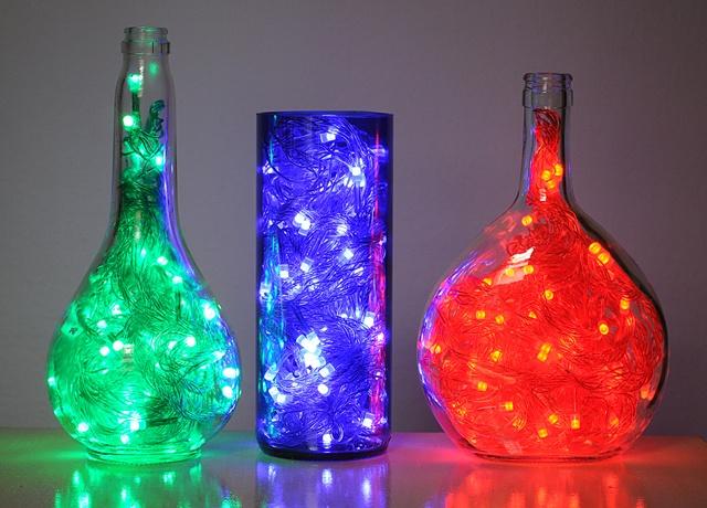 Luminárias feitas com garrafas