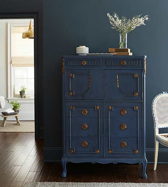 Exceptional Blue Painted Furniture Idea.