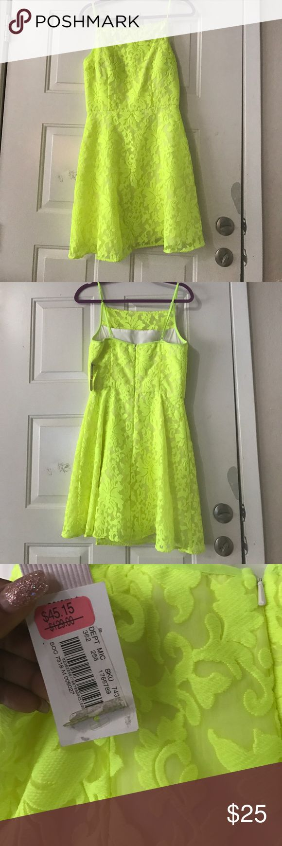 Neon green dress Brand new, no holes, no stains !! GBX Dresses Midi