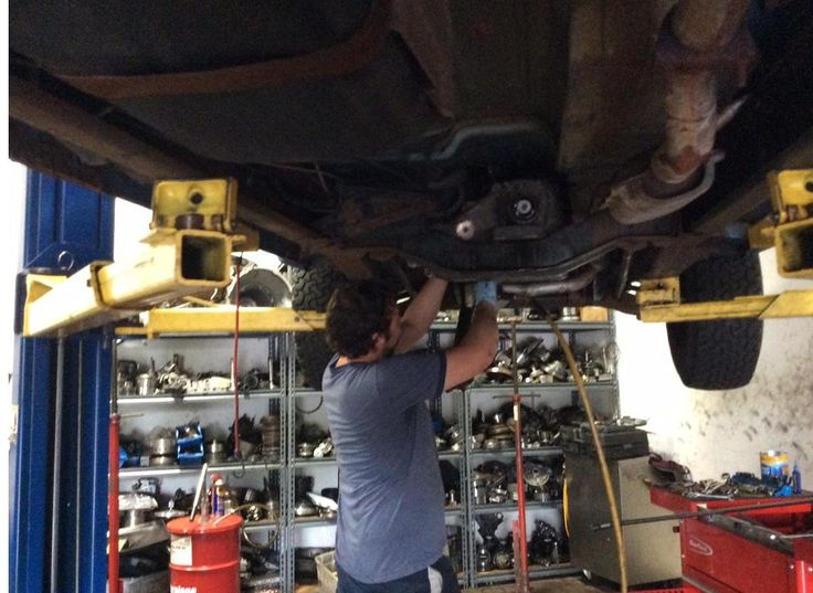 Call 410.420.6500 for trouble with your Forest Hill manual transmission. Offering Bell Air, Fallston and Harford County clutch transmission rebuild and repair.