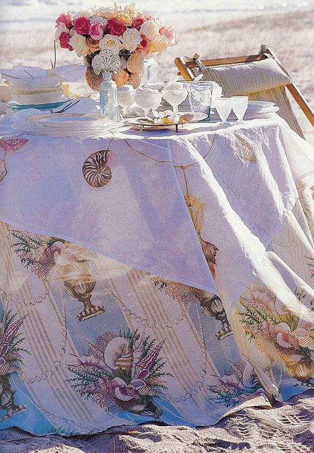 Cute table setting on the beach