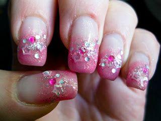 Kauniita kynsiä