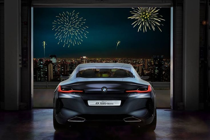 Off into a glamorous 2018!  The #BMW Concept #8series.