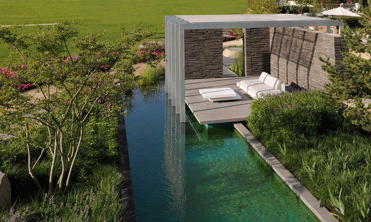 gartenlandschaft peter berg / buga präsentationsgarten auf der bundesgartenschau 2011 mit gartenpavillon und schwimmteich, koblenz