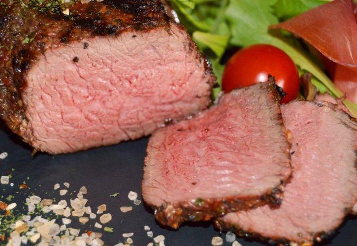 Gode tilbud på møre lækre steaks til grillen. Bestil inden kl. 12 i dag. Skynd dig at bestille, så får du levering i morgen. http://www.jellingnaturkod.dk/shop/steaks-35c1.html