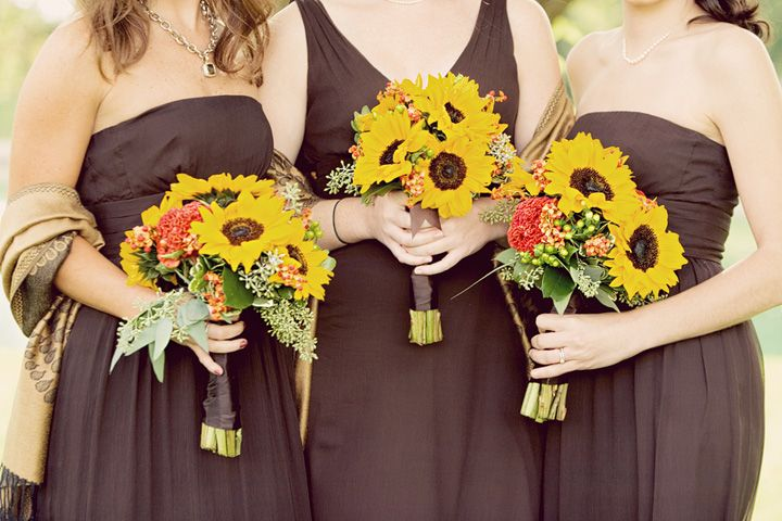 Brown bridesmaid dresses with yellow sunflower bouquets for Sunflower dresses for wedding
