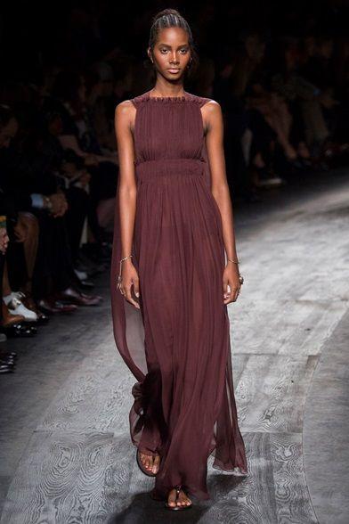Sfilata Valentino Parigi - Collezioni Primavera Estate 2016 - Vogue