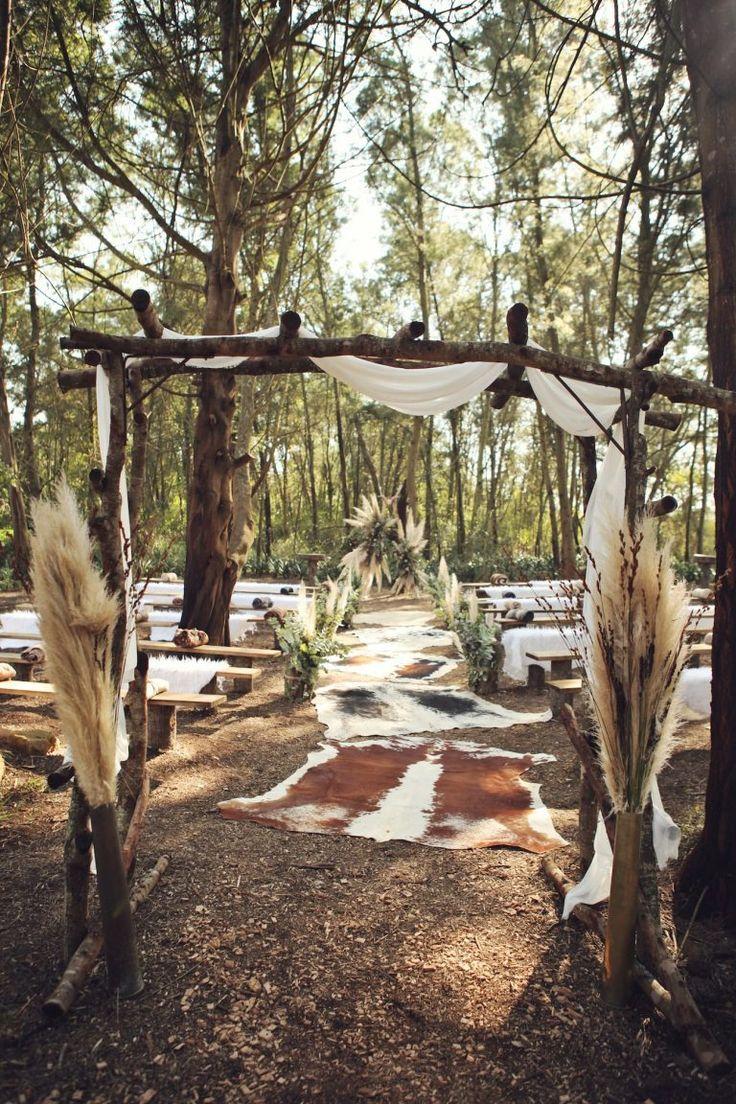 Boho Luxe Forest Wedding | Credit: Carmen Roberts (11)