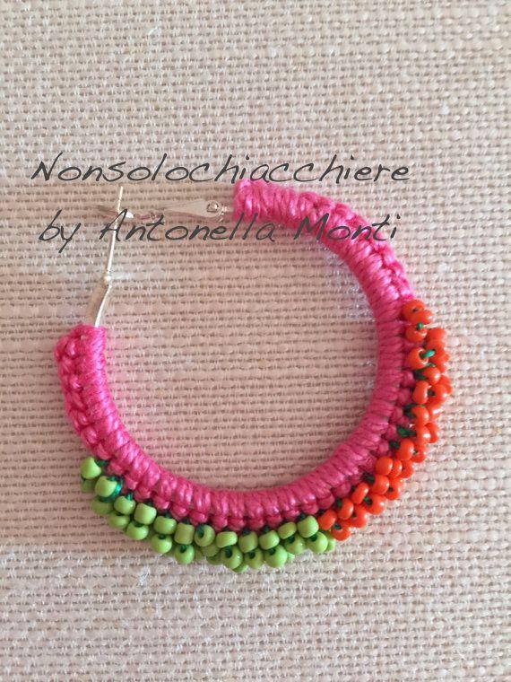 Hoop earrings crochet / Beads /Orecchini a di nonsolochiacchiere