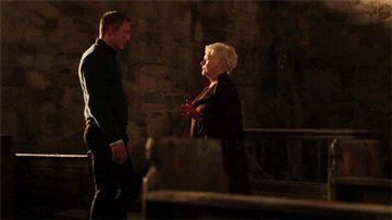 Daniel Craig and Judi Dench - Skyfall