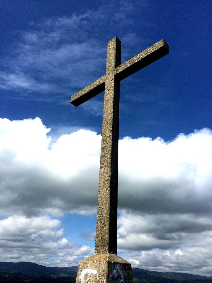 Bray Head cross