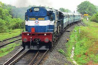 Mumbai-Ernakulam Duronto Express derails