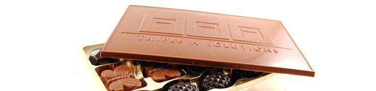 Concept Chocolate biedt gepersonaliseerde chocolade geschenken , Gepersonaliseerde chocolade met uw logo en Belgische chocolade relatiegeschenken . Wij bieden 100 % origineel en natuurlijke producten om uw speciaal momenten te maken .  http://conceptchocolate.eu/nl/personalised-chocolates