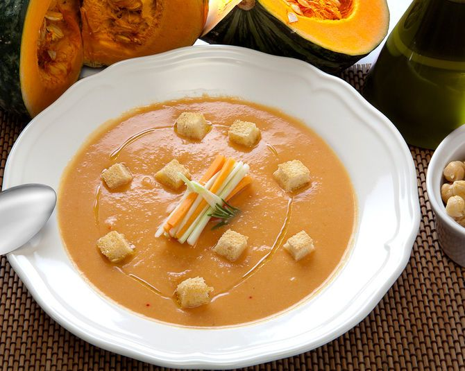 http://www.educazionenutrizionale.granapadano.it/it/ricette-e-menu-per-la-salute/tutte-le-ricette/passato-di-ceci-e-zucca?