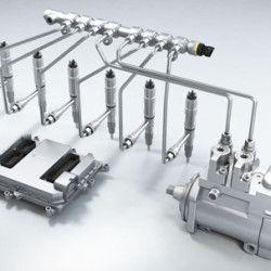 Common rail je systém přímého vysokotlakého vstřikování nafty s tlakovým zásobníkem u vznětových motorů. Palivo vstřikované do válce pod vysokým tlakem tvoří lépe hořlavou směs, čímž se dosahuje vyšší účinnosti motoru, vyššího výkonu a točivého momentu, nižší hlučnosti a menších emisí...