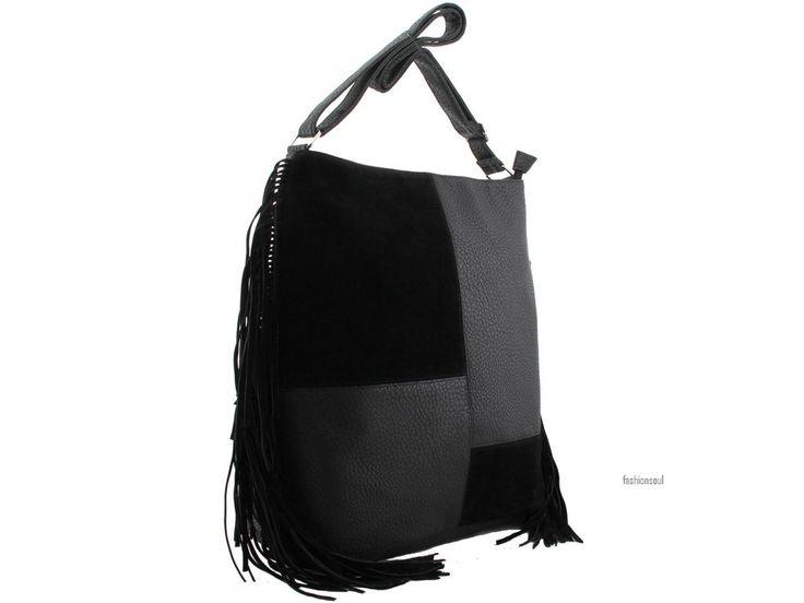 Dámská kabelka s oblíbenými třásněmi