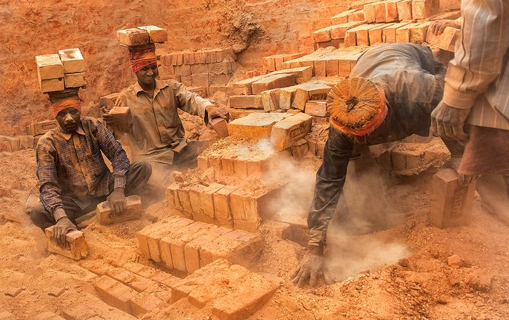 Brick Kiln Workers, Diamond Harbour, West Bengal, India. Photo by Lopamudra Talukdar