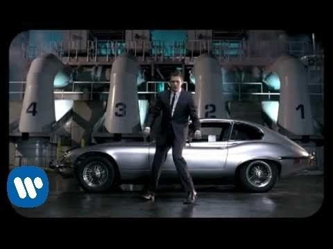 Michael Bublé - Feeling Good [Official Music Video] (+playlist)
