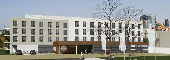 Wismar: Neues Hotel wächst aus dem Boden