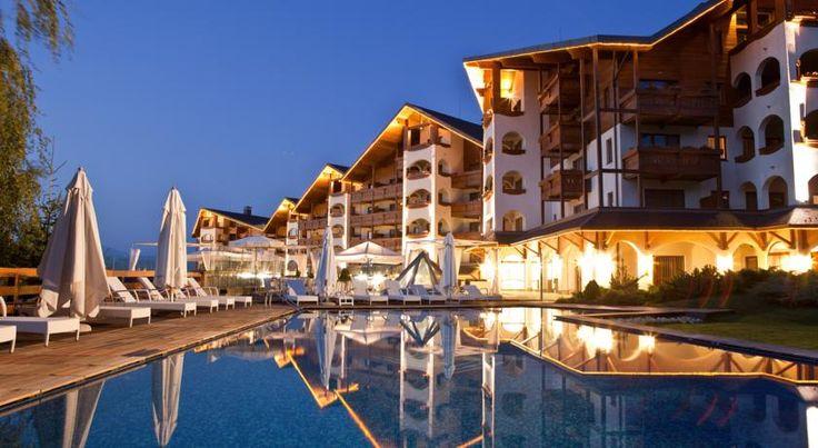 泊ってみたいホテル・HOTEL ブルガリア>バンスコ>ピリン山のふもとに位置し、ゴンドラリフト乗り場に直接アクセス可能>ケンピンスキー ホテル グランド アリーナ(Kempinski Hotel Grand Arena)