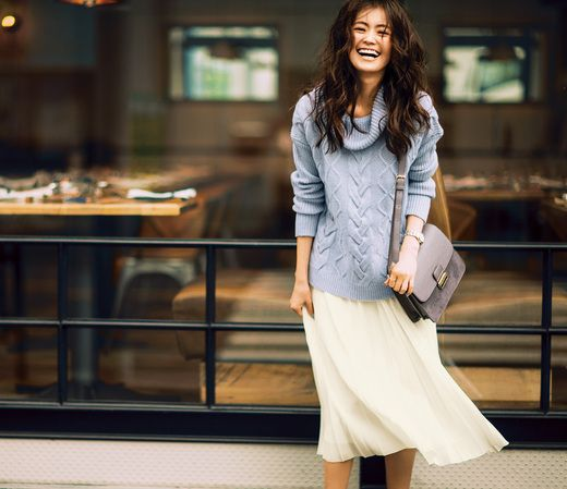 ゆるっとシルエットが今っぽい♪ この冬ねらいめの大人ニット! http://anecan.tv/news/fashion/1612nbb-collabo.html #葛岡碧 #midorikuzuoka #AneCan #NATURALBEAUTYBASIC #fashion #ニット #プリーツスカート #