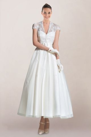 Vintage queen anne neckline ankle length wedding dress for Queen anne neckline wedding dress