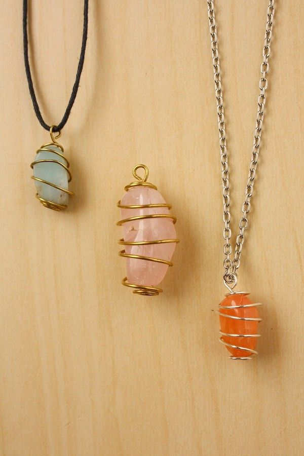 How to wind a stone with wire #DIY #crafts #jewelry   – Diy✂️