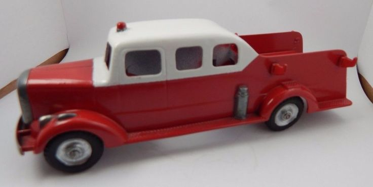 Vintage 40-50's Tootsie Toy Mack L-Line Pumper-Ladder Fire