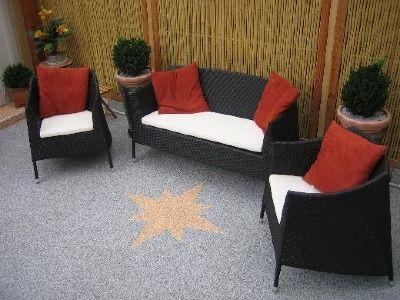 die besten 25 steinteppich verlegen ideen auf pinterest gr ne mosaikfliesen gr ne edelsteine. Black Bedroom Furniture Sets. Home Design Ideas